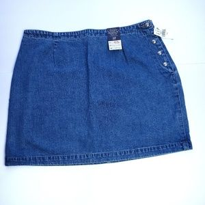 GAP Denim Skirt plus size 16 button on side
